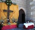 Cruces y Mayos